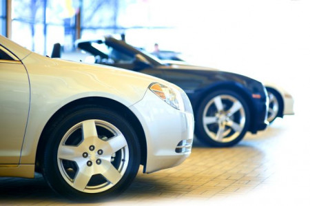 How do I find cars available on finance?