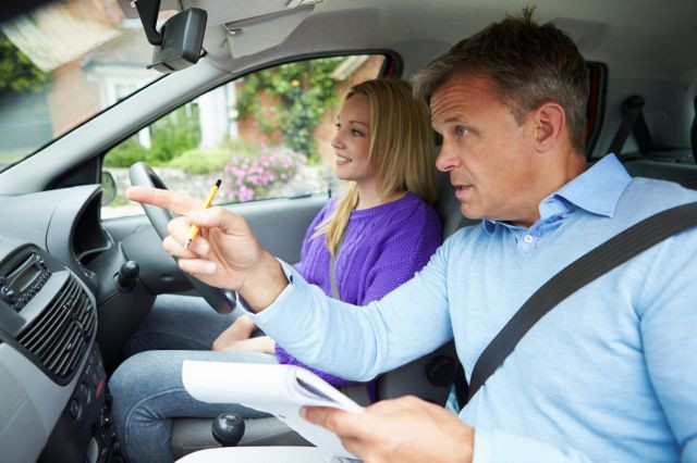 How Many Driving Test Car Safety Questions Can You Answer?