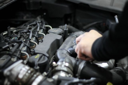 Guide To Main Dealer Servicing