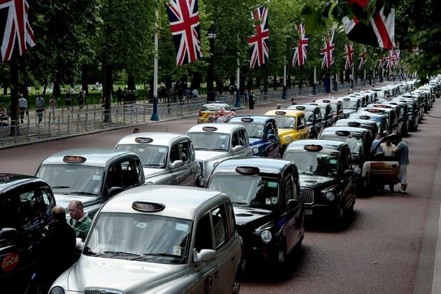 Uber Vs Black Cabs - Which Gets Your Vote?