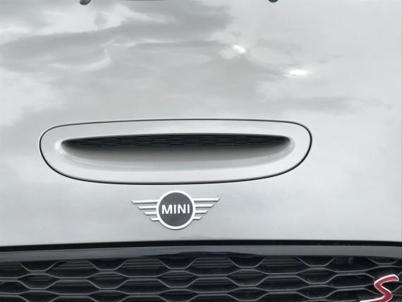 MINI Hatchback 3dr 2018 Review