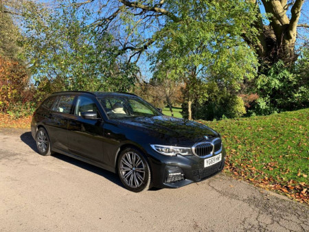 BMW 320d xDrive M Sport Touring  2020 Review