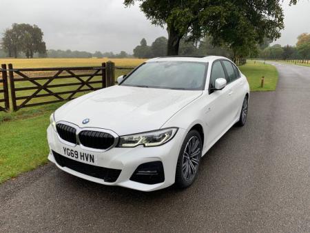 BMW 330e M Sport 2019 Review