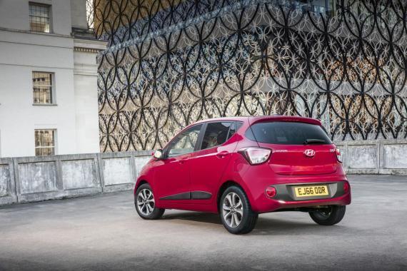 Hyundai i10 2017 Review