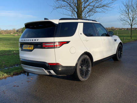 Land Rover Discovery Landmark Edition 2019 Review