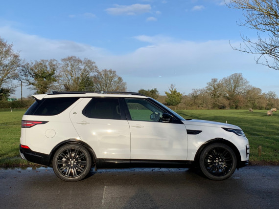 Land Rover Discovery Landmark Edition Review