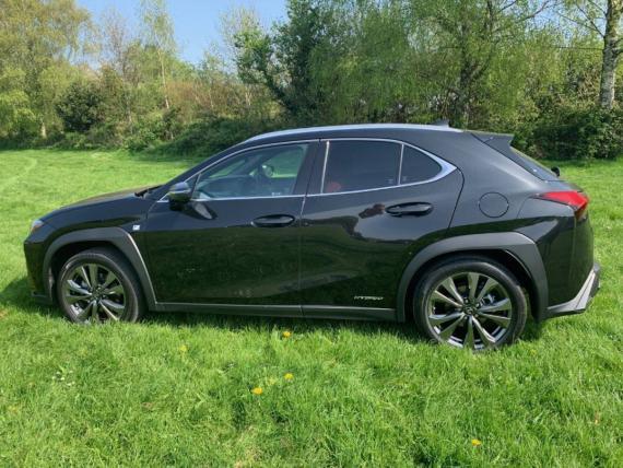 Lexus UX 2019 Review