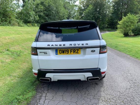 Range Rover Sport P400 HST