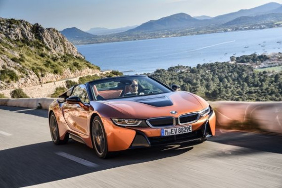 Introducing the New BMW i8 Roadster Image 1