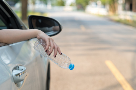 Higher Penalties for Motorists That Throw Litter from Vehicles Image 0