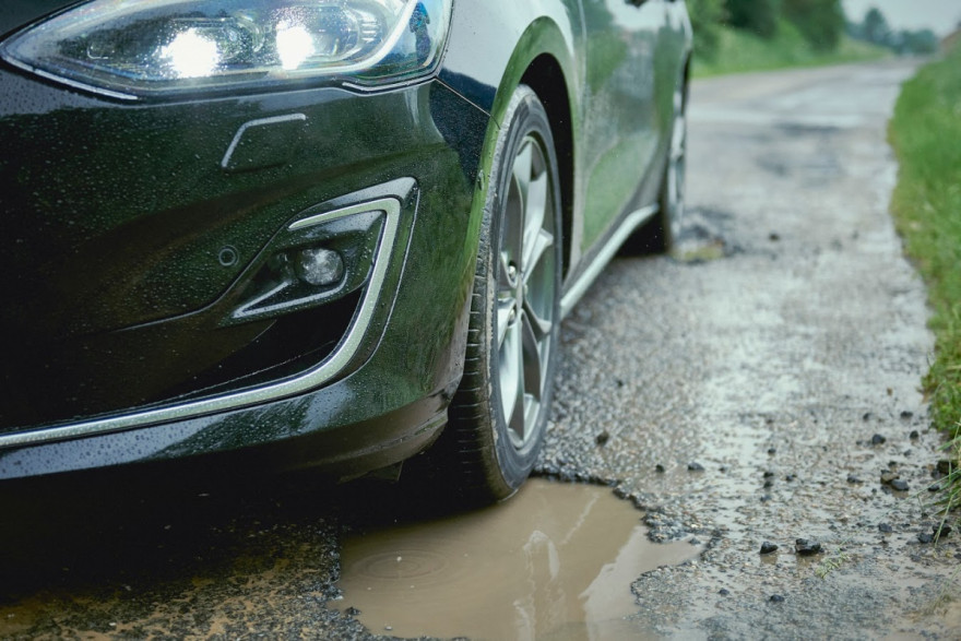 New Ford Focus Makes Crashing Through Potholes Thing of the past