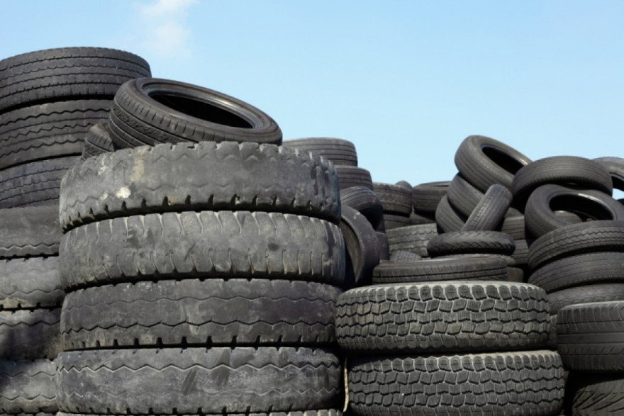 Danger for Drivers as Most Part Worn Tyre Dealers Work Illegally
