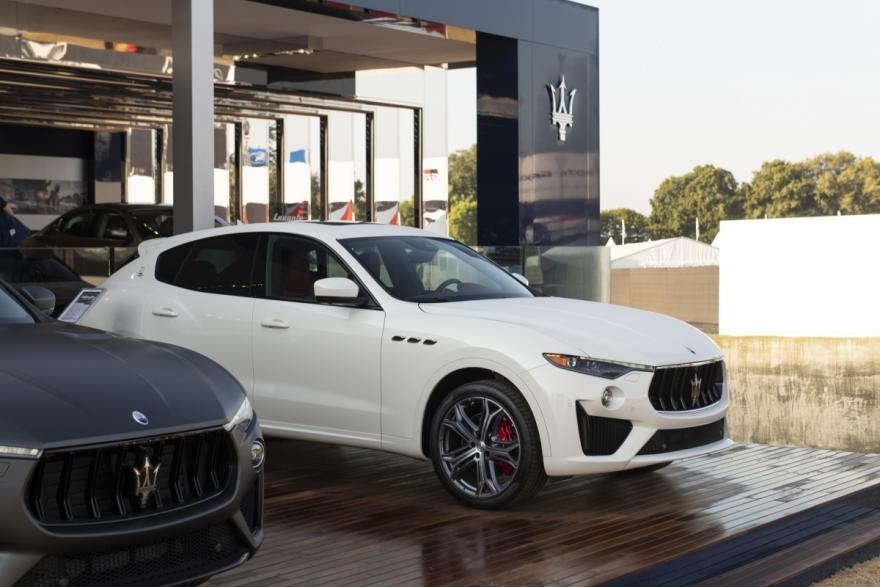 Explore the Maserati Levante and Ghibli
