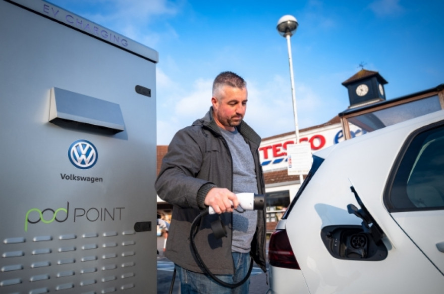 Volkswagen & Tesco to Build Vast Network of Electric Car Chargers
