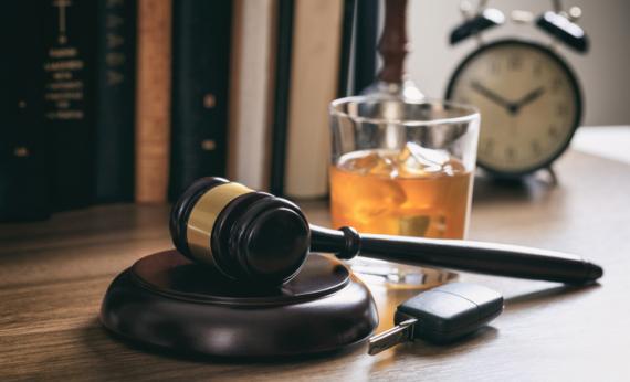 Drink Drivers Forced to Stay Sober via Sobriety Bracelets Image 0