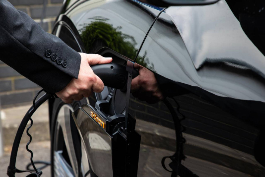 Demand For Electric Car Hits All-Time High in November