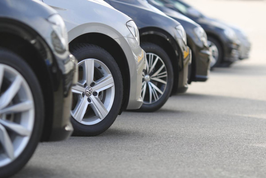70-Plate Cars Being Sold as Pre-Registered with 40% Discounts in the UK