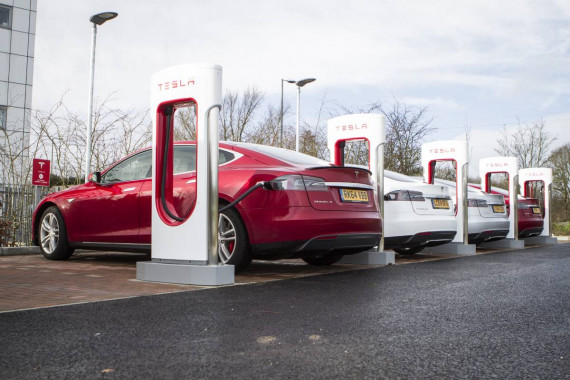 New Fully Autonomous Tesla For Only £20,000 By 2023? Image