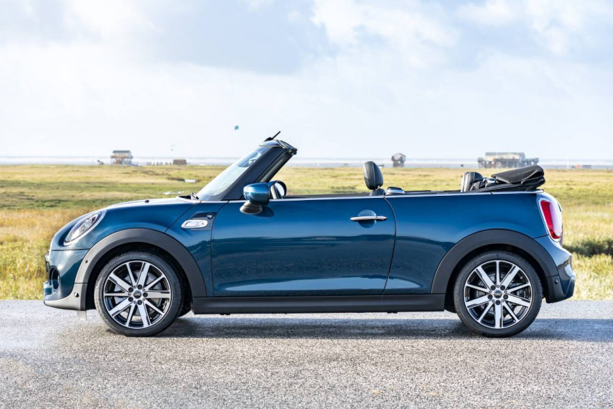 MINI Crowned Auto Express Convertible Of The Year 2020