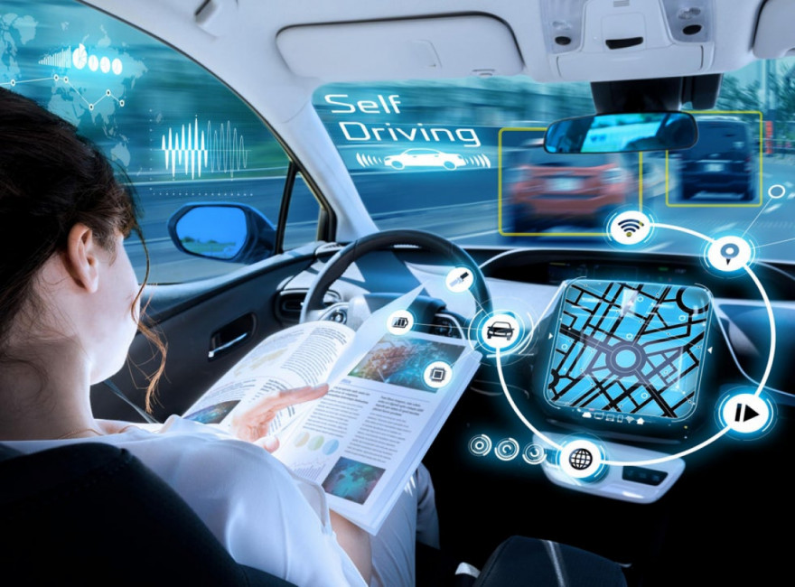 Safety Fears: Hands-Free Motorway Driving From 2021 In UK?