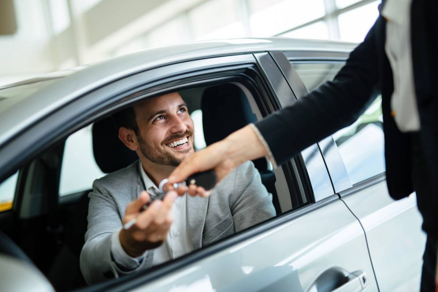 How Does Click and Collect Work For Buying a Car?
