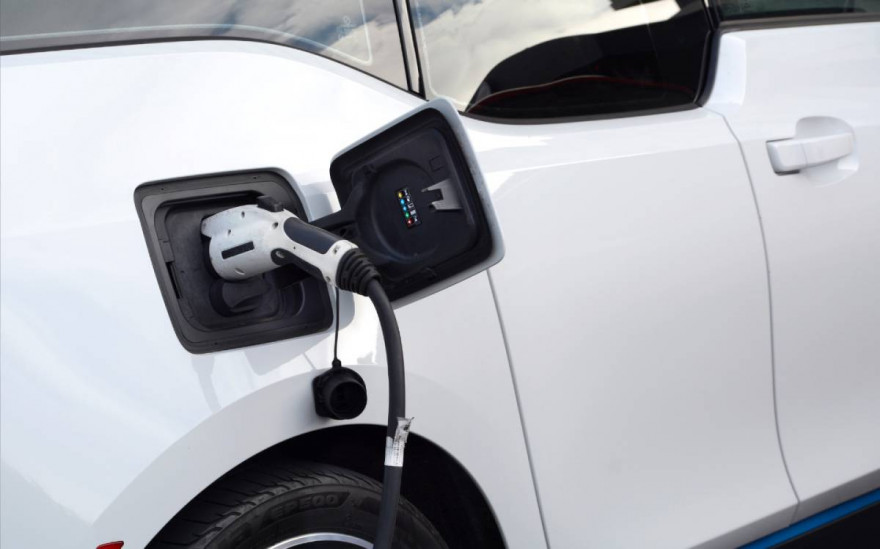 Government Commits to the End of Petrol and Diesel Vehicle Sales by 2030
