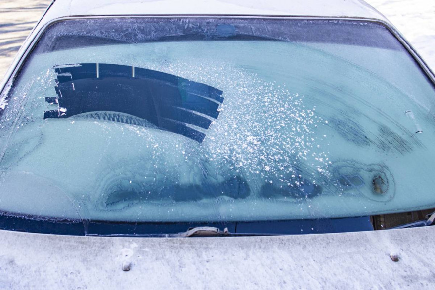 Warning: Clear Windscreen This Winter Or Face £2,500 Fine