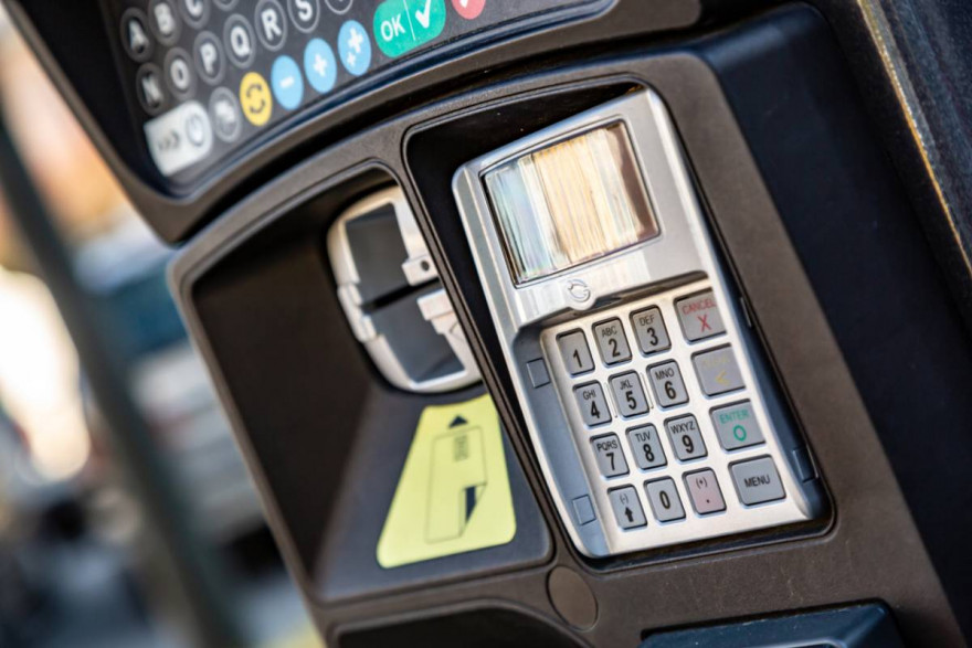 Parking Revolution: Pay To Park Via Your Dashboard