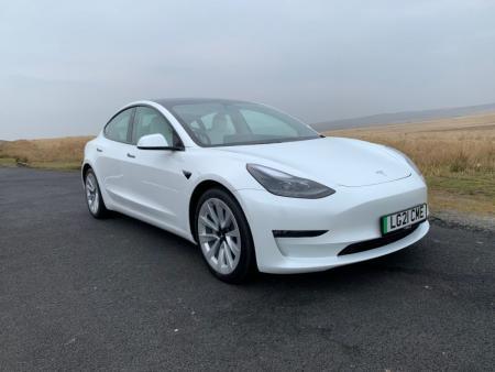 Tesla Model 3 (2017 - ) Review