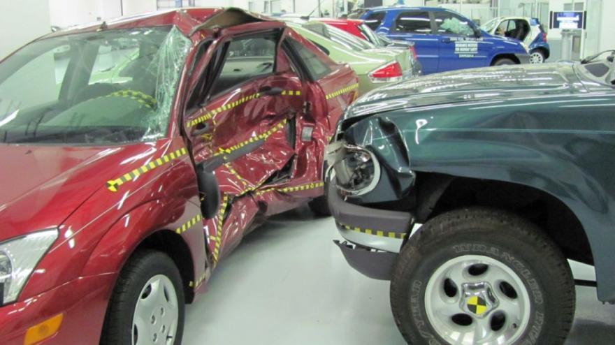 Crash for cash scam costing UK motorists millions