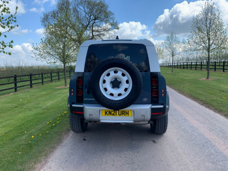 Land Rover Defender 90 Hard Top (2020 - ) Review