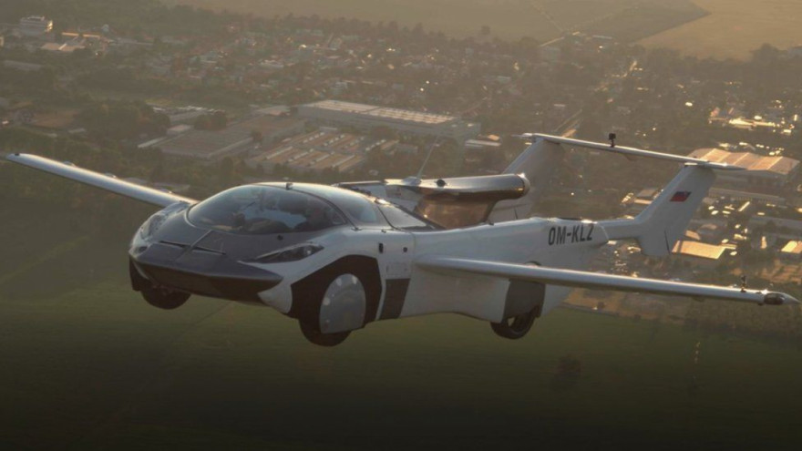 Flying car completes 35 minute test