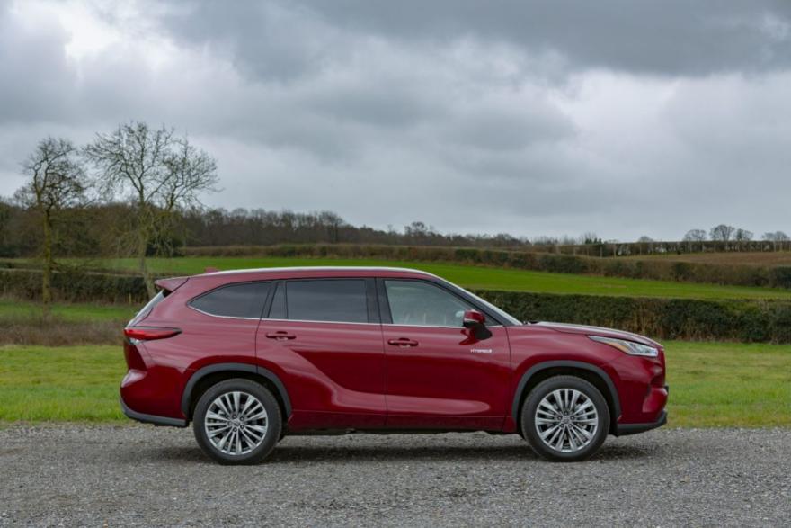 Toyota Highlander Review