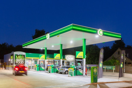 Petrol prices close to record high
